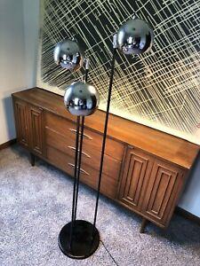 Vintage SONNEMAN Mid-Century MODERN Chrome 3 EYEBALL ORB Floor Lamp SPACE AGE