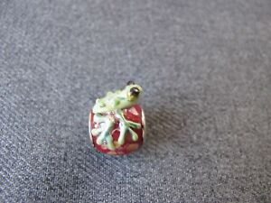 Vintage cute design silvered metal lampwork glass frog bead for jewelry making.