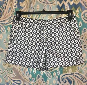 Ann Taylor Loft EUC Polyester Blend Dress Shorts Size 2