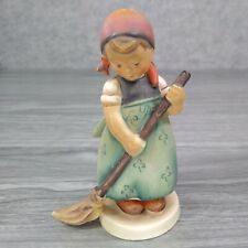 "Goebel  Hummel  ""Little Sweeper"" Figurine #171, TMK-2 Full Bee-4.75"""
