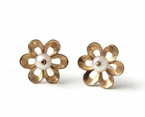 375 9ct YELLOW GOLD PEARL Openwork Flower Stud Earrings,0.73g *NO BACKINGS - C28