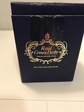 Vtg Royal Crown Derby England English Bone China Robin Bird Paperweight & Box