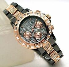 Armbanduhren mit vergoldetem Stein