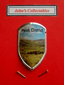 COLLECTABLE PEAK DISTRICT WALKING / HIKING STICK BADGE  / MOUNT  NEW IN PACKET