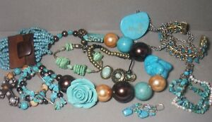 11PSC VINTAGE TURQUOISE COLOR SOUTHWEST JEWELRY EARRINGS NECKLACE BRACELET RING