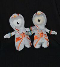 Lot 2 peluche doudou mascotte officielle J.O. Londres 2012 gris orange 21cm TTBE