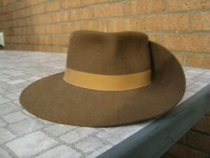 Australian Army wide brimmed wool felt slouch hat Excellent Condition 71/8 size