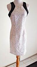 Belle Badgley Mischka Floral Jacquard Overlay Lace Sheath Size 12 MSRP $189