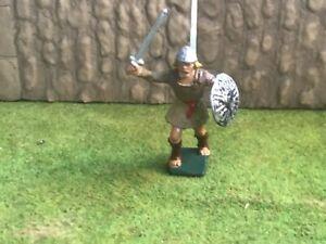 Saxon warrior. Cherilea recast plastic toy Soldiers 60 mmn
