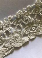 Vintage Trim Lace Fragment Scrap Cutter Appliqué A5