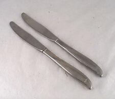ONEIDA COMMUNITY TWIN STAR STAINLESS STEEL 2 SERRATED EDGE DINNER TABLE KNIFE