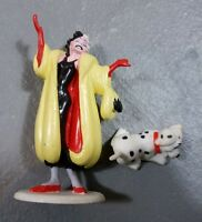 Disney's 101 Dalmatians CRUELLA DEVILLE PVC Figure and dog vtg Applause figure