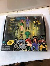 Batman Girls of Gotham City 4 Figure Set  Hasbro never opened Make offer!