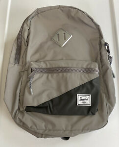 BN Herschel Heritage Youth Back Pack 16L Silver Reflective