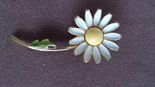 WEISS Daisy pin/brooch
