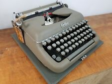 COLLECTIBLE TYPEWRITER ERIKA 10 + DOCUMENTS - NO RISK WITH SHIPPING