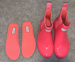 HUNTER Refined Glossy Chelsea Ankle Boot: Hot Pink Rubber Sz 5 NWOT Flawed