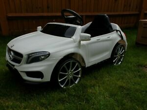Mercedes AMG white Childs Ride On Car With REMOTE CONTROL 3-8 year old VGC