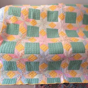 Vintage Finished Quilt Star Tumbling Blocks 1930's Hand Quilted Country/Cottage