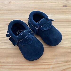 FRESHLY PICKED Navy Blue Leather Fringe Moccasins Moccs Size 3