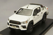 1/43 Hi-Story Toyota Hilux TRD Customize 2017 Super White II HS218WH