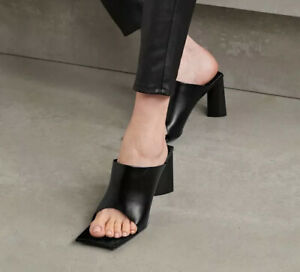 NIB Balenciaga Moon Square-Toe Leather Mules Sandals Black EU Size 38