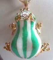 BETSEY JOHNSON CUTE GREEN CRYSTAL & ENAMEL CROWNED STRIPED FROG PENDANT NECKLACE