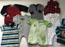 Baby Boy Clothes Lot 8 pcs 6 Mo Carters 6 one piece 1 vest 1 Hoodie Y448