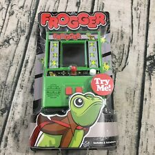 Frogger retro handheld arcade game Includes Batteries NEW