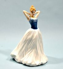"""Vintage Royal Doulton Girl Figurine Vogue """"FINISHING TOUCH"""" HN4329 Mint Cond."""