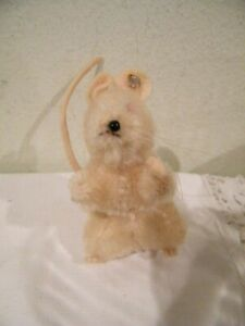 """COLLECTIBLE STEIFF ADORABLE  MOUSE 3 1/4"""" RED EYES, BLACK NOSE 4 1/4""""TAIL"""