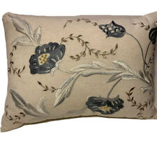 DKNY IVORY LINEN THROW PILLOW BEAUTIFULLY EMBROIDERED BLUE & GOLD FLOWER DESIGN