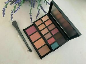 Lancome FULL SIZE: Eye & Face Palette w/Brush From 2020 Holiday Beauty Box