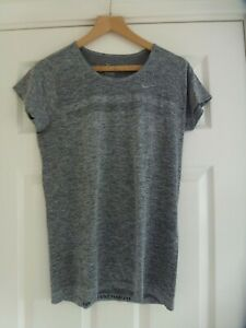NIKE Ladies DRI-FIT T-Shirt In Grey Size L