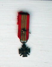CROIX DE GUERRE WW2, MINIATURE, WITH GALLANTRY STAR, FRENCH, BRONZE, VG cond