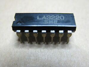 NEU Original IC Baustein LA-3220  LA3220