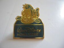 PINS  WALT DISNEY HOME VIDEO / 13