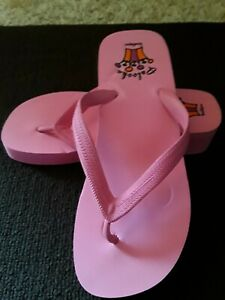 NEW! Palooka Boutique Pink Flip Flops Size 10