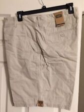 The Foundry Co Men's Shorts size 44 NWT Value Of $40 Nice Flat Front Shorts