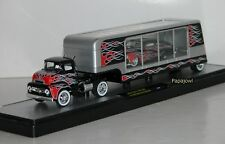 M2 Machines 2011 Auto Haulers 1956 Ford C-500 COE + Custom 1949 Mercury 1:64