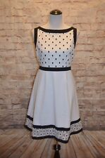 Modcloth Bliss in Bloom Dress NWOT L White Embroidered Daisies black trim $120