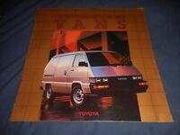 1987 Toyota Vans USA Market Color Brochure Catalog Prospekt