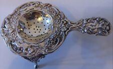 Noble colador de té con goteo, abundante con Putten decorado, 800 plata, 107g