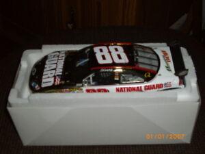 2008 DALE EARNHARDT JR. #88 NATIONAL GUARD GOLD CHROME 1/24 NASCAR DIECAST