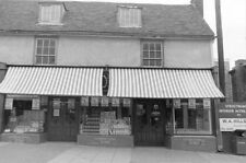 PHOTO  HARLOW INTERNATIONAL STORES HIGH STREET 1971 GENERAL GROCER IN OLD HARLOW
