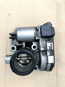 Smart for two Cabrio 0.7 petrol Genuine Throttle Body 2004