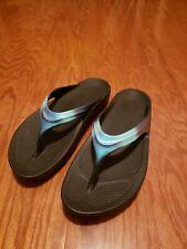Oofos womens 10 Sandal