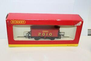 Hornby R6501  2010 Wagon 7 Plank Wagon
