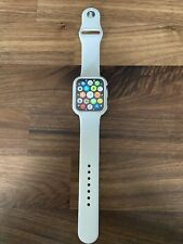 Apple Watch Series 4 44 mm Space Black Aluminum Case GPS w/ cellular