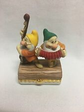Bradford Exchange Disney Snow White Dwarves Doc Bashful Limoges Style Box